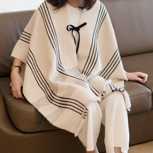 MDM x PHILOMENA ALPACA CAPE (2 Colors)